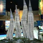Башни в форме горящих свечей в Дубаи (фото)