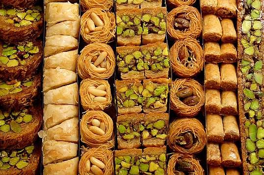 Восточные сладости в Дубаи