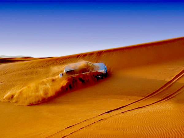 Сафари в Дубаи по пустыни