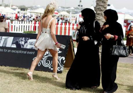 Женщины в Дубаи