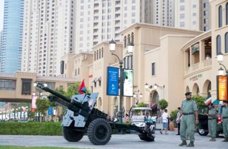 В ОАЭ возрождена традиция «пушки Рамадана»