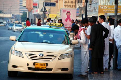 """Такси в Дубае станут """"умными"""""""