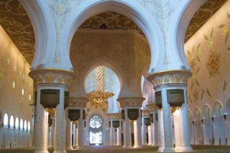 Экологически чистая мечеть в Дубаи