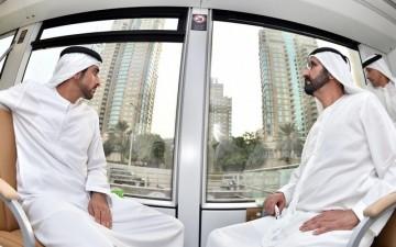 Правитель Дубаи шейх Мухаммед бен Рашид аль Мактум проехался на первом в ОАЭ трамвае
