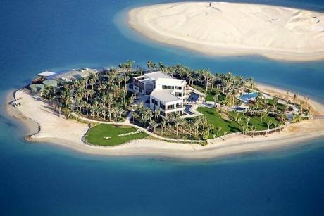 Вилла на острове пальм в Дубаи