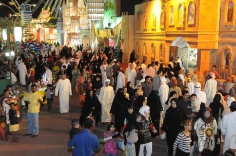 пляжная семейная ярмарка Дубаи