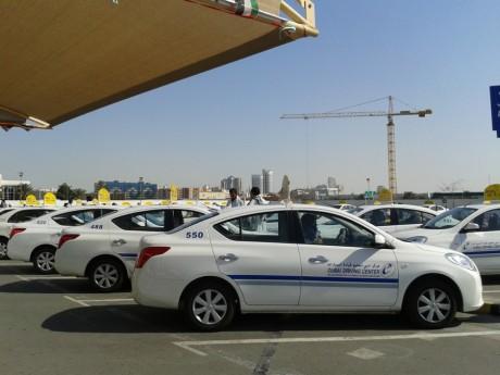 Сдача на права в Дубаи
