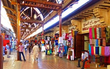 Текстильный рынок в Дубаи — тысяча и одна ткань