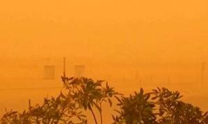 Песчаная буря превратила Дубаи в подобие Красной планеты