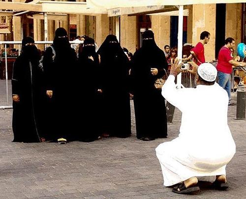 одежда женщин в Дубае