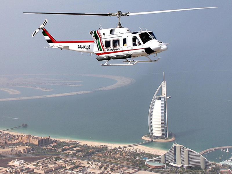 Вертолет в Бурдж Аль Араб
