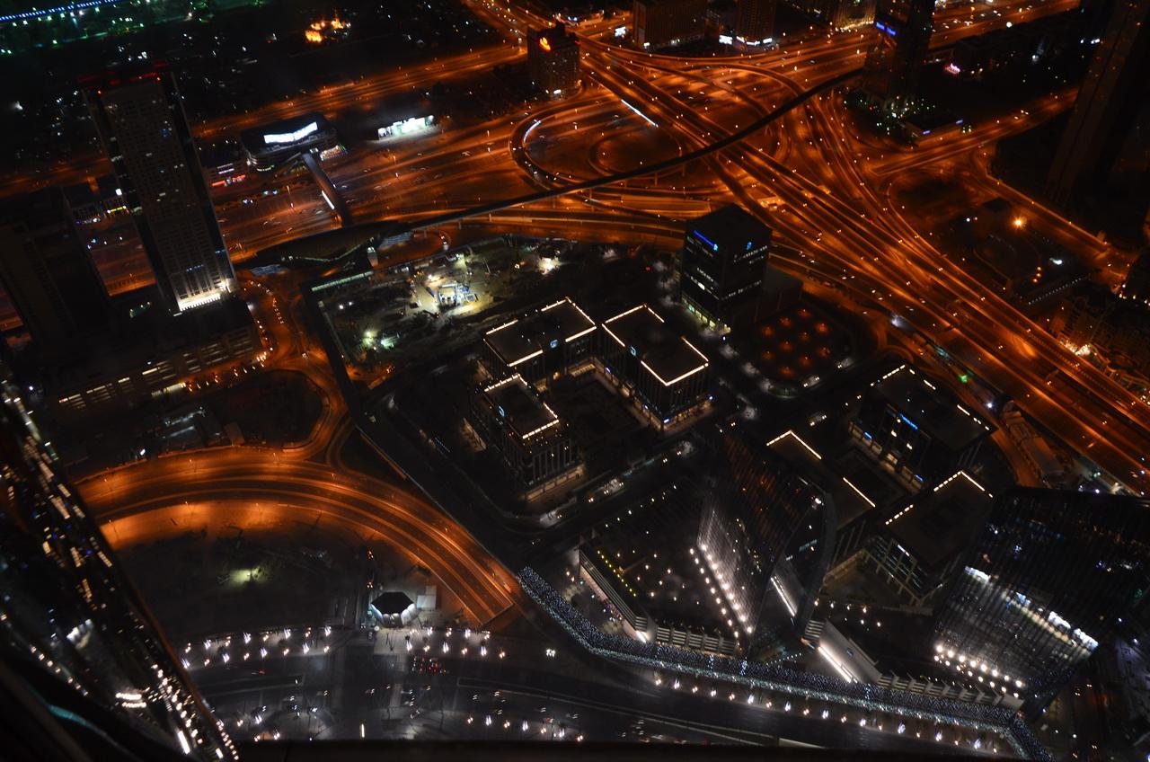 Ночной город, вид с башни Бурдж Халифа