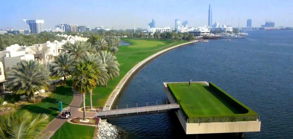 гольф в Дубае